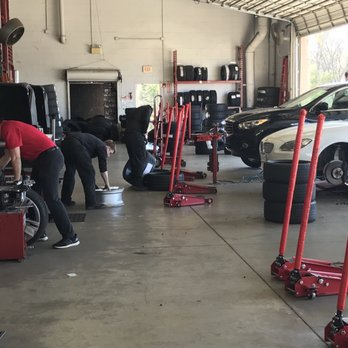 Discount Tire 17 Photos 49 Reviews Tires 2260 State Highway