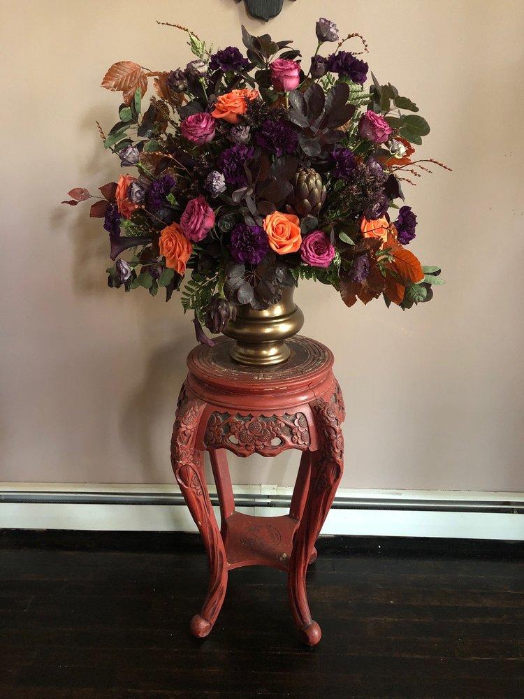 Flowers by JoAnn: 19 W Main St, Washingtonville, NY