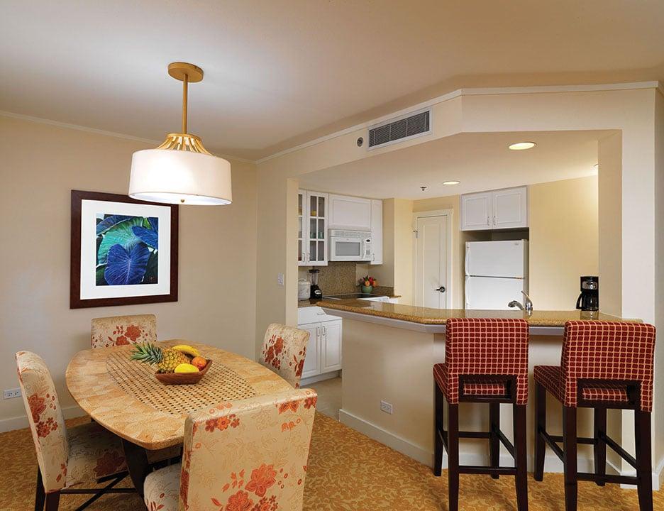 Hilton Grand Vacations at Hilton Hawaiian Village - 211 Photos & 78 ...