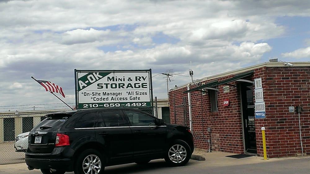 Lockaway Storage 3009 Fm 78 Depositi E Box In