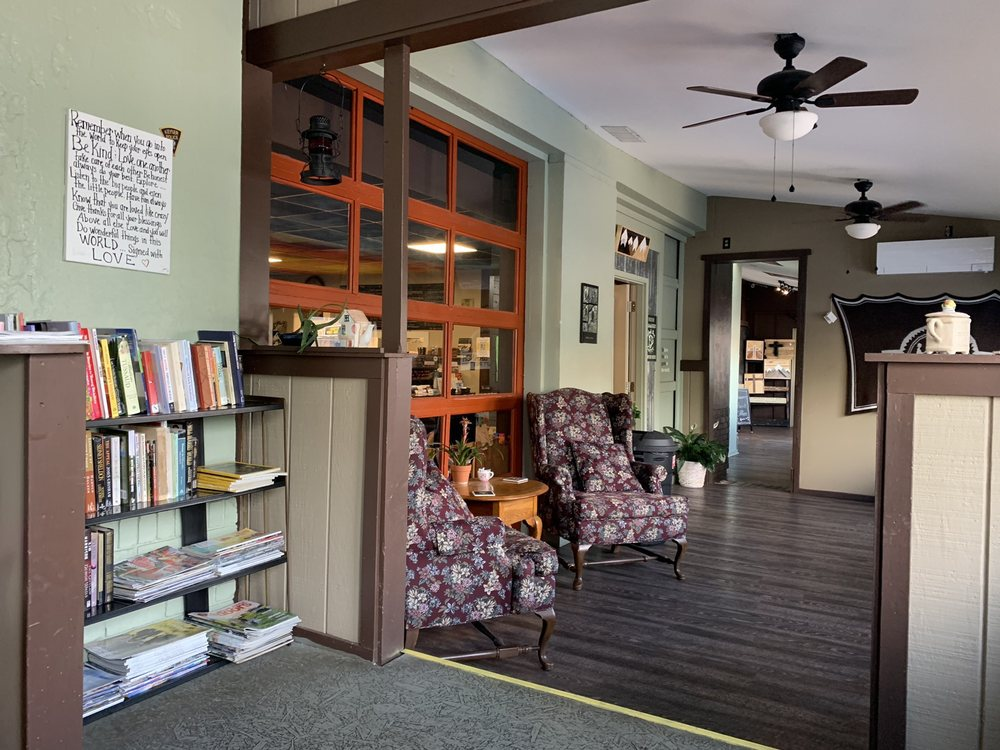 Queen's Point Coffee: 101 Armstrong St, Keyser, WV