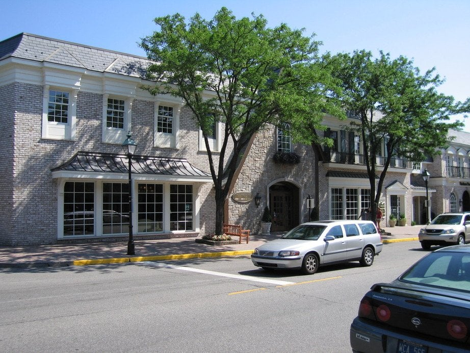 The Hill on Kercheval: Kercheval Ave, Grosse Pointe Farms, MI