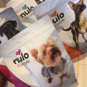 Pet food express 12 photos 16 reviews pet stores 23381 photo of pet food express woodland hills ca united states 4 bags solutioingenieria Gallery