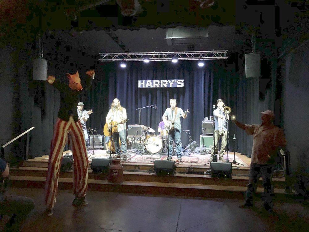 Harry's Downtown: 509 Garrison Ave, Fort Smith, AR