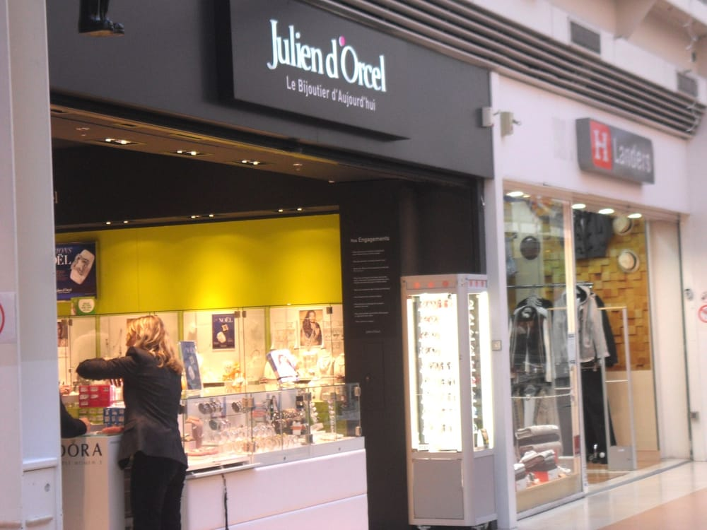 julien d orcel jewelry centre commercial auchan bouliac gironde france phone number yelp. Black Bedroom Furniture Sets. Home Design Ideas