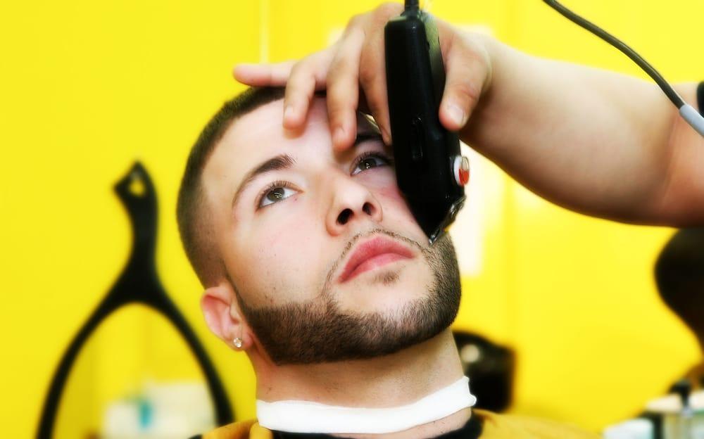 Barbers Near Me Haircut Styles Mens Haircuts Haircuts For Men