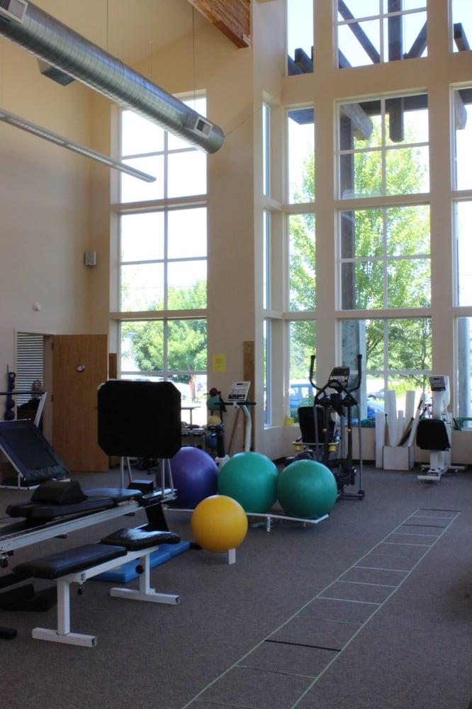 Arlington Physical Therapy: 7728 204th St NE, Arlington, WA