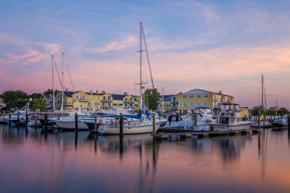 Saybrook Point Resort & Marina: 2 Bridge St, Old Saybrook, CT