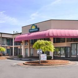 Days Inn By Wyndham Princeton Hotels 347 Meadow Field Lane Wv Phone Number Yelp