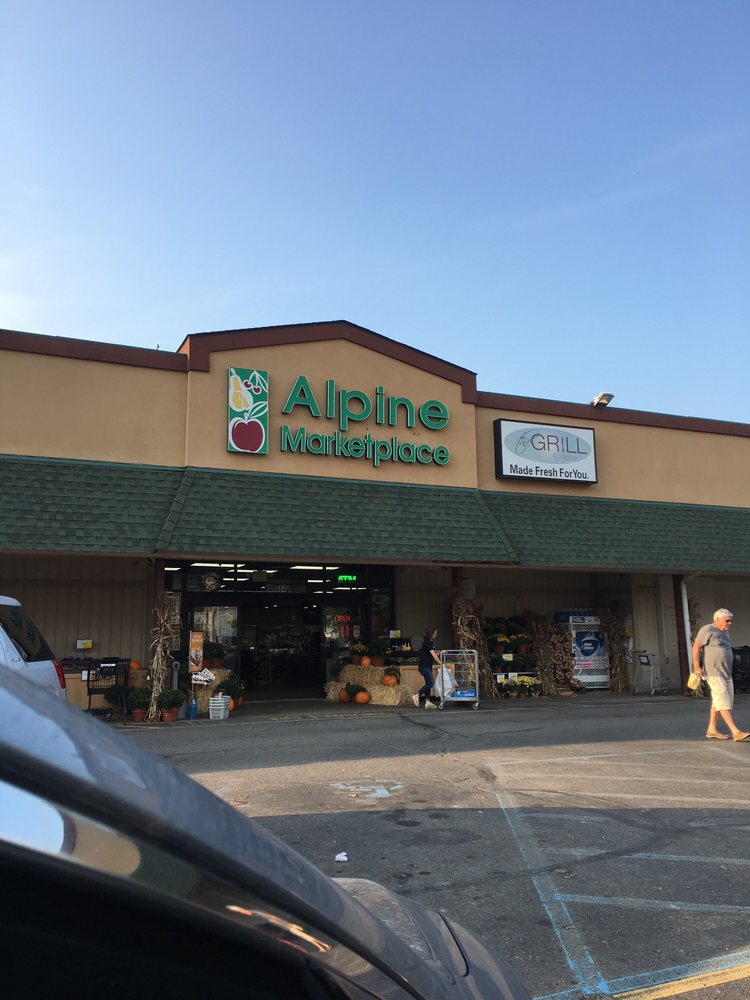 Alpine Marketplace: 604 W Broad St, Linden, MI