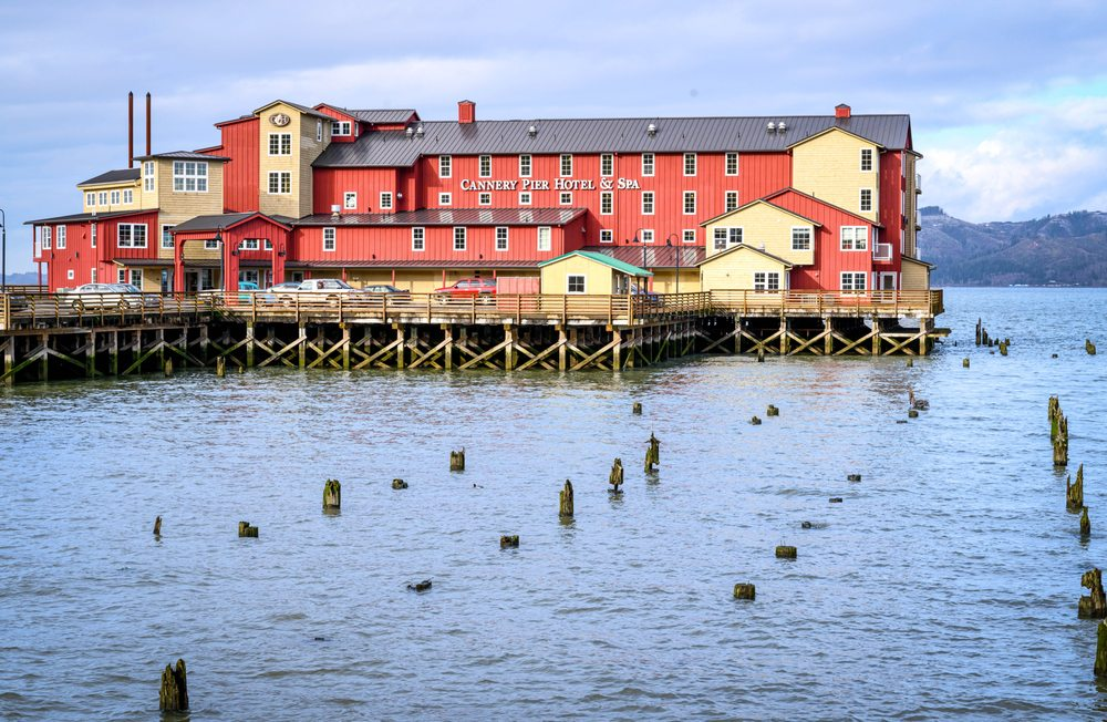 Cannery Pier Hotel & Spa: 10 Basin St, Astoria, OR