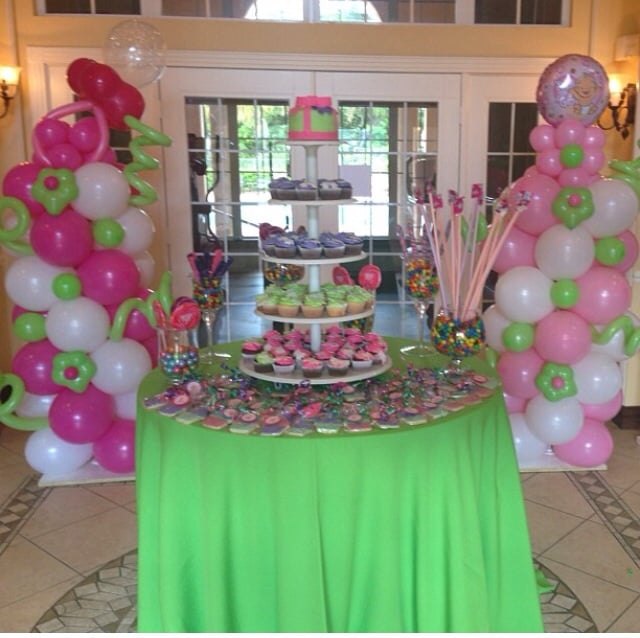 Balloon Columns For A Baby Shower