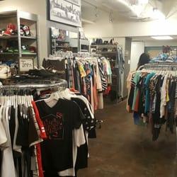 4d784f11fc4 Buffalo Exchange - CLOSED - 12 Photos   49 Reviews - Men s Clothing ...
