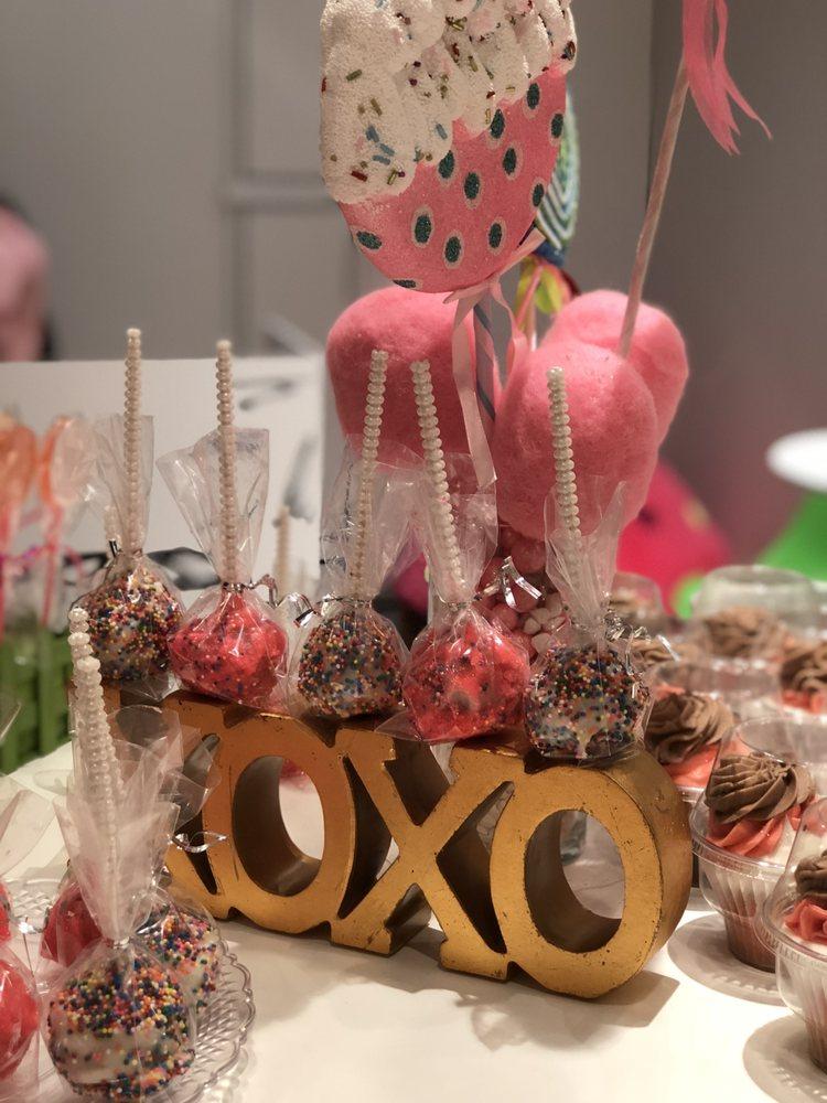 Cupcakin Bakery