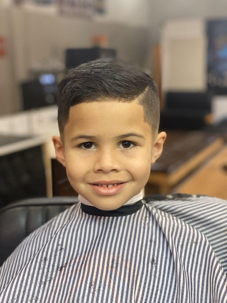 Simple Cutz Barbershop: 126 Adams St, Fairmont, WV