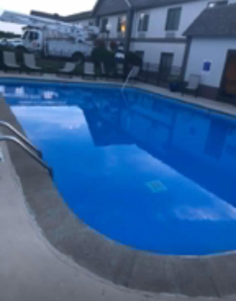 Wingfield Inn & Suites: 3220 W Parrish Ave, Owensboro, KY