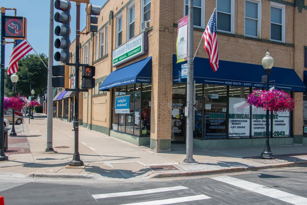 Westmont Pharmacy: 2 N Cass Ave, Westmont, IL