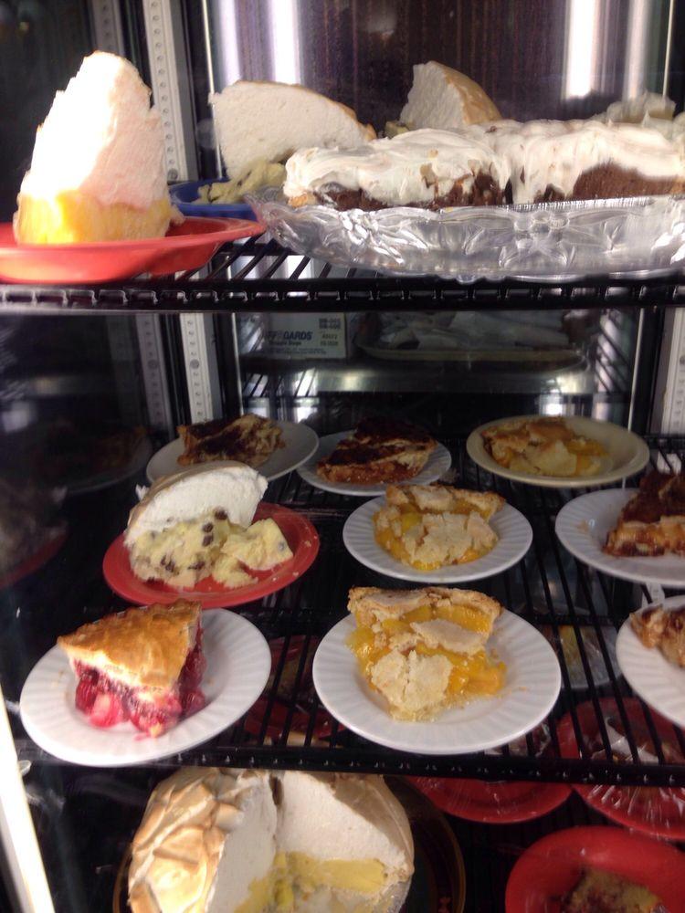 Lee's Family Restaurant: 2920 W US Hwy 30, Grand Island, NE