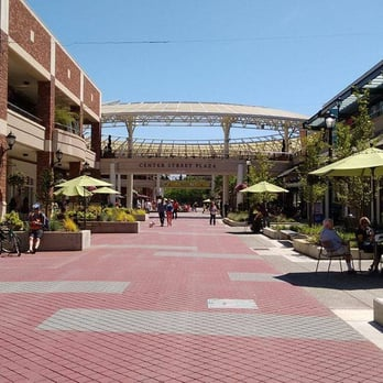 View mall directory info for Redmond Town Center in Redmond, WA – including stores, hours of operation, phone numbers, and more.
