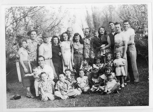 The Antique Peddler: 2301 N Sierra Hwy, Bishop, CA