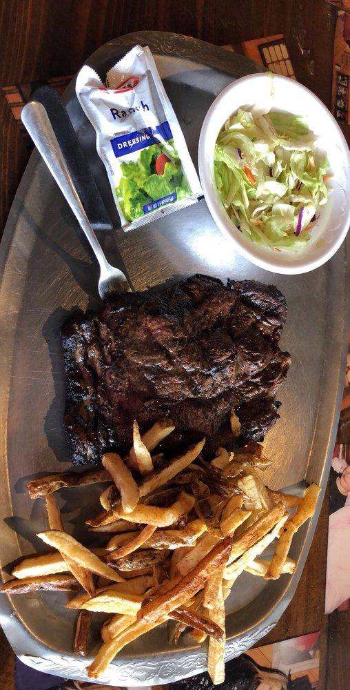 Benton Lee Steak House: 138 Benton Powell Rd, Uvalda, GA