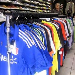 faa0f525e09fb O2 Sport Outlet - Ropa deportiva - Avenida Providencia 2345 ...