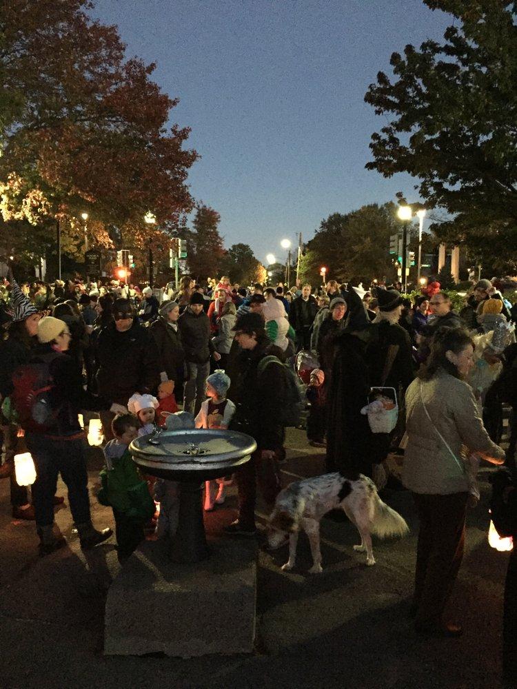 Jamaica Pond Lantern Parade: 507 Jamaicaway, Jamaica Plain, MA