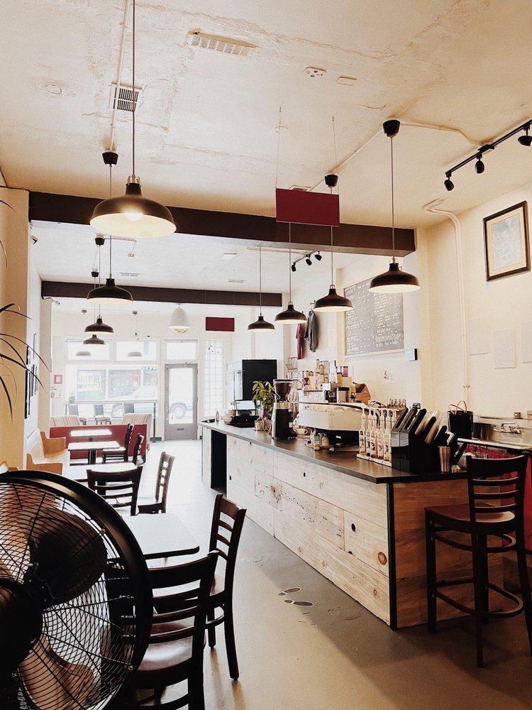 Cafe Corvo: 629 N Callow Ave, Bremerton, WA