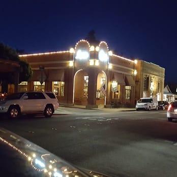 Yelp Reviews For Linn S Restaurant 935 Photos 1237