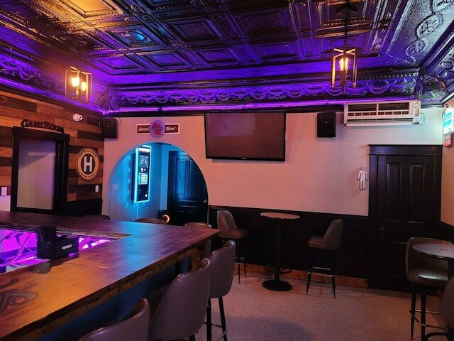 Knockouts Tap: 1209 Millersville Ave, Howards Grove, WI