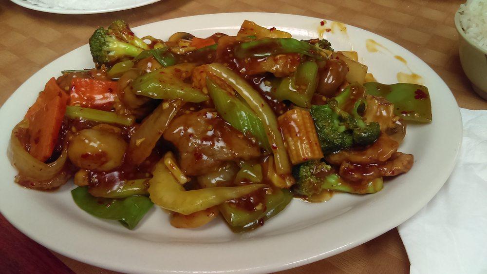King House Chinese Restaurant: 537 Hewett St, Neillsville, WI