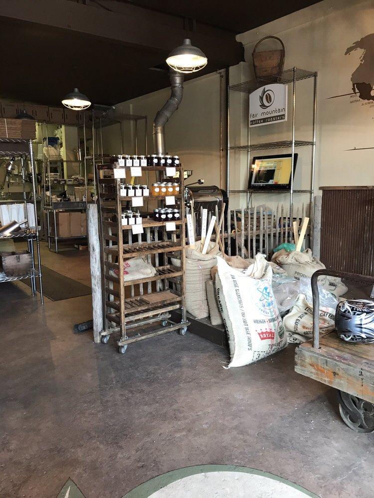 Fair Mountain Coffee Roasters: 171 1st Ave, Atlantic Highlands, NJ