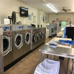 Laundry room 15 reviews laundry services 909 conestoga rd photo of laundry room bryn mawr pa united states solutioingenieria Images