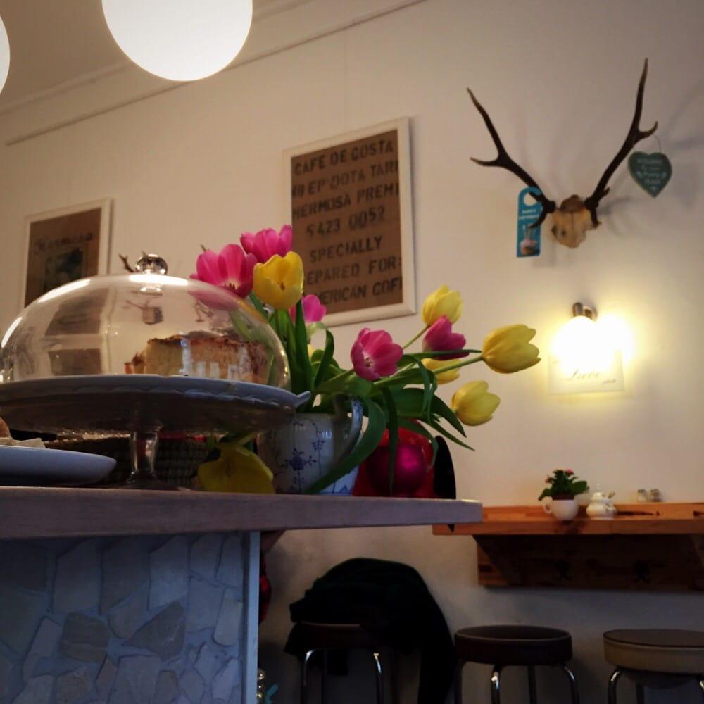 Photo Of Zimt Zicke Caf Wohnzimmer