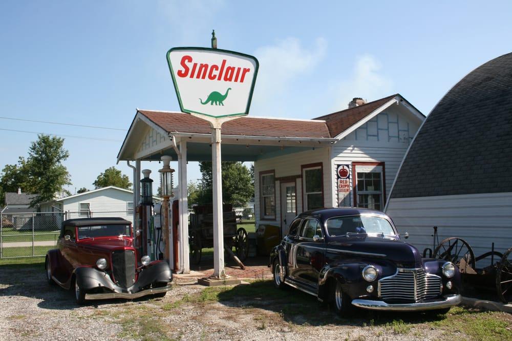Pioneer Heritage Museum: 675 E South St, Marengo, IA