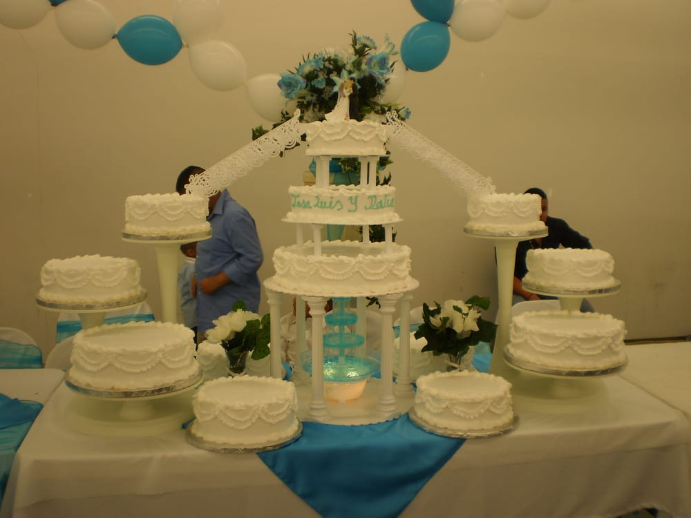 We make cakes for weddings sweet 15 or 16 and diffrent