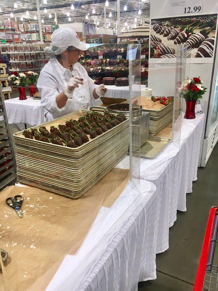 Costco Wholesale: 101 N Beach Blvd, La Habra, CA