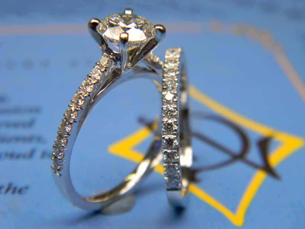 Dasheen Jewelry Studio