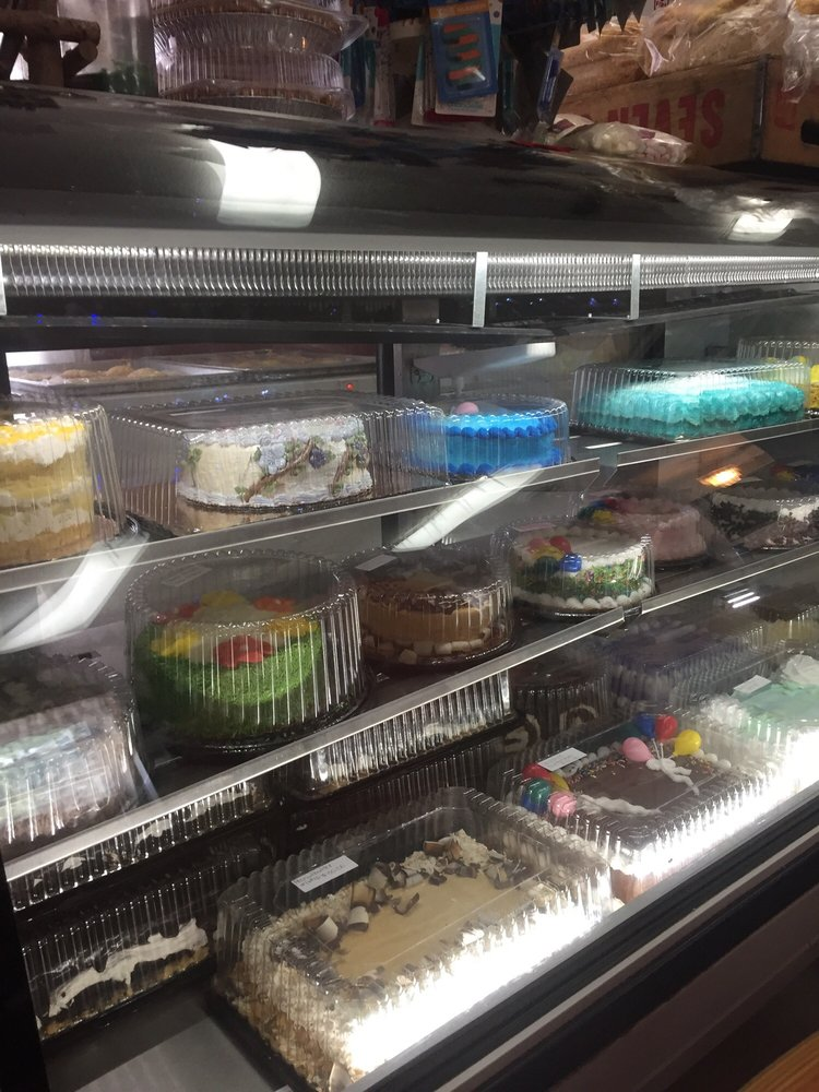 The Bakery House: 406 SW 2nd St, Washington, IN