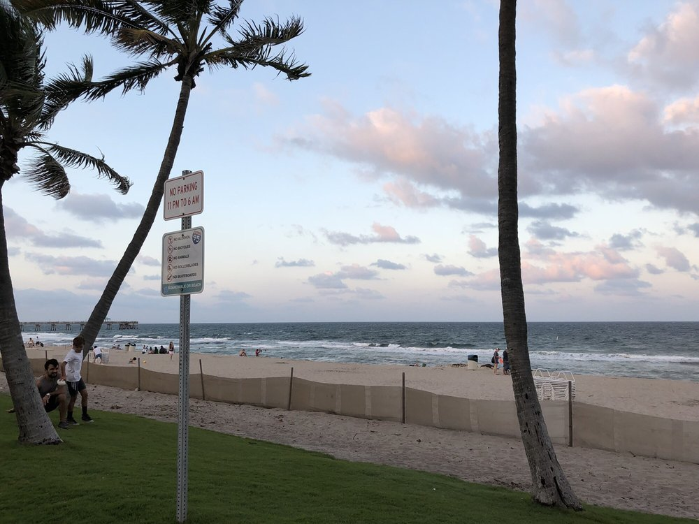Deerfield Beach: 200 NE 21st Ave, Deerfield Beach, FL