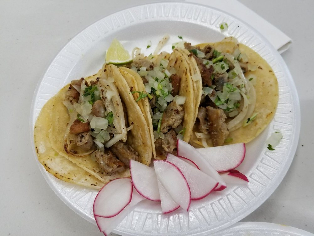 El Mercado: 704 Park St, Hartford, CT