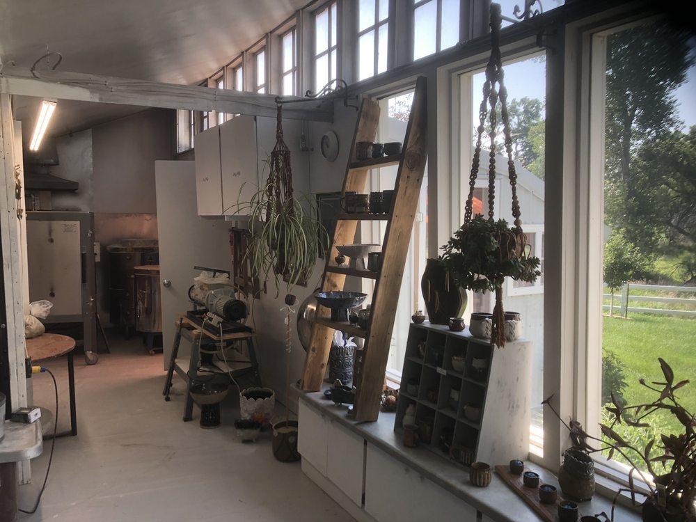 Blackbird Hills Studio: 3718 O Ave, Macy, NE