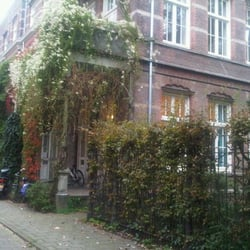 Gezondheidscentrum Helmersstraat Family Practice Anna