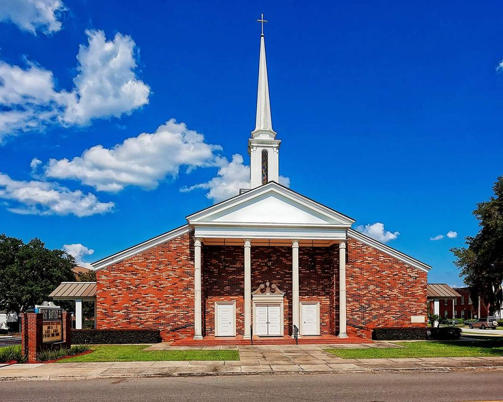 First Baptist Church of Avon Park: 100 N Lake Ave, Avon Park, FL