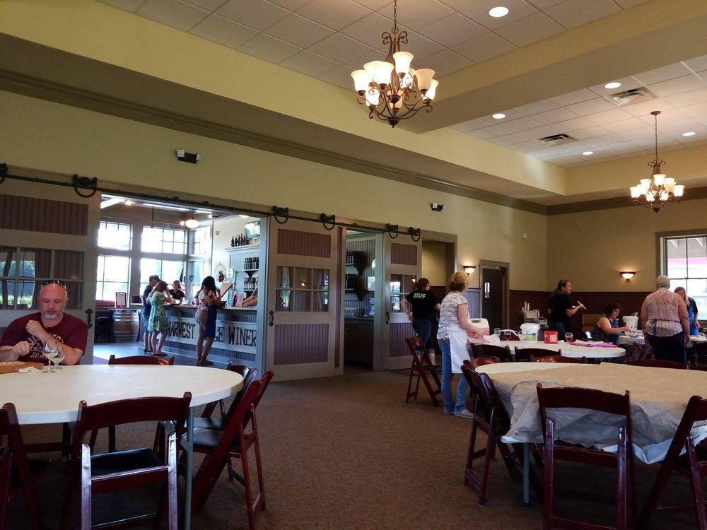 Harvest Ridge Winery: 447 Westville Rd, Marydel, DE