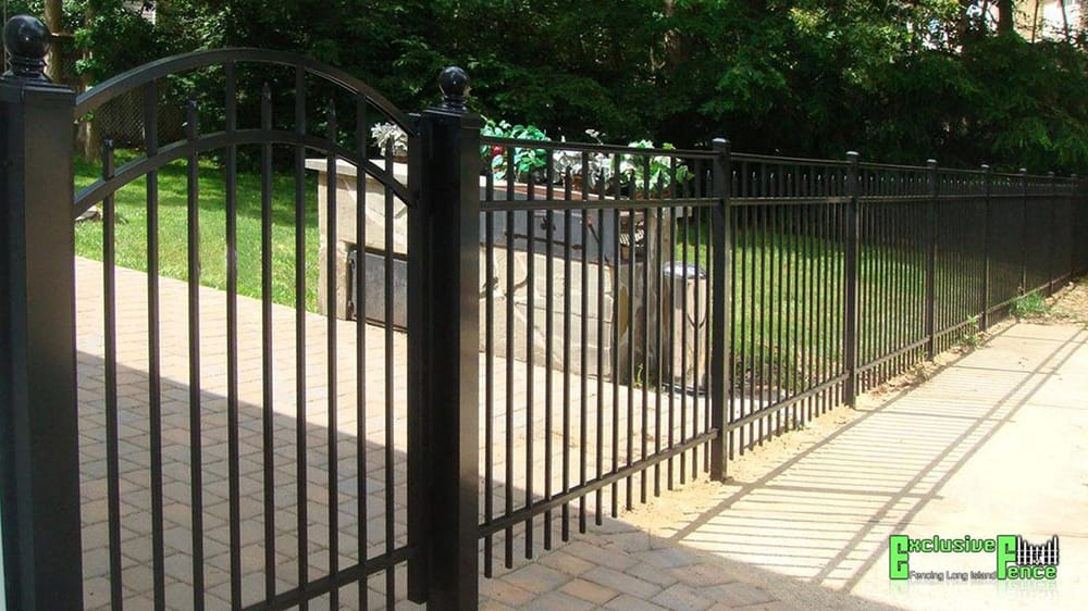 Aluminum Fencing In Long Island Ny Around The Property