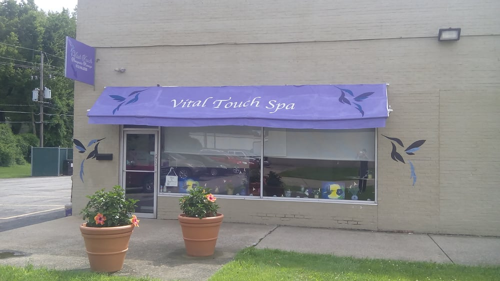 Vital touch spa spa og kurbade 1710 e 10th st for 10th street salon