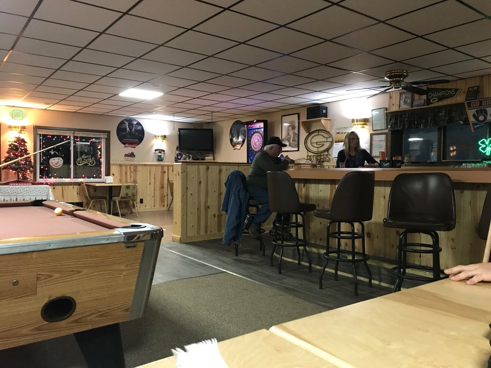 Leff's Sports Bar & Grill: 5050 Keyes Lake Dr, Florence, WI