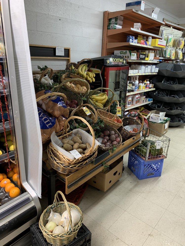 Short Stop Grocery: 207 Ctr, McCammon, ID