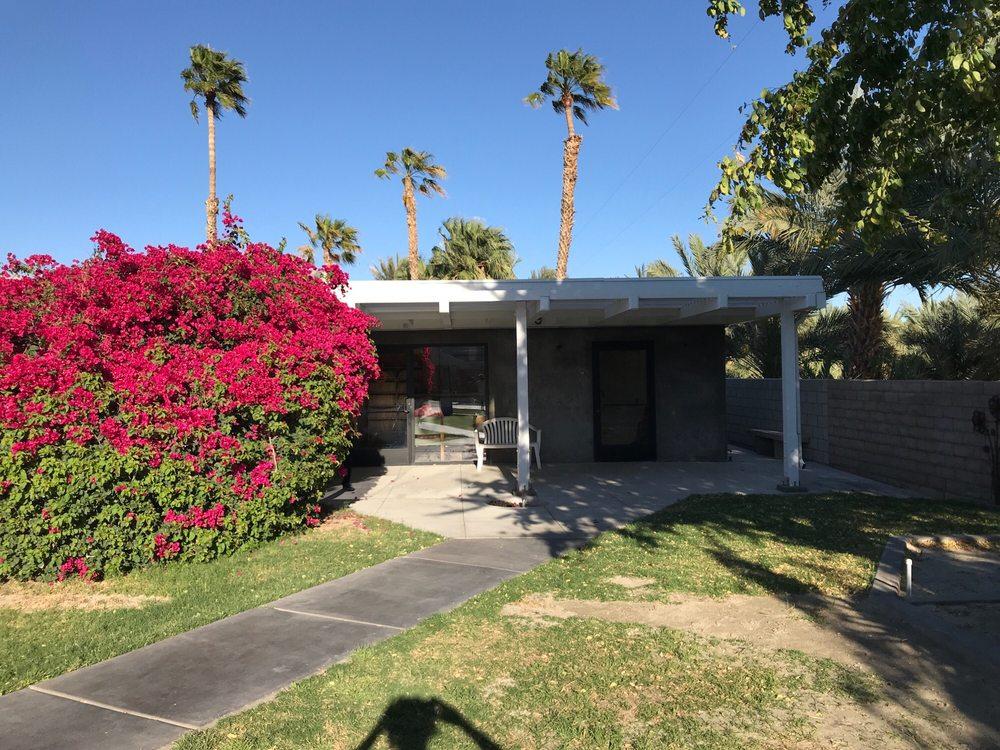James H Clark, DVM: 49732 Jackson St, Indio, CA